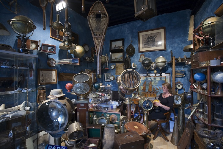 Five Signs of a Valuable Antique