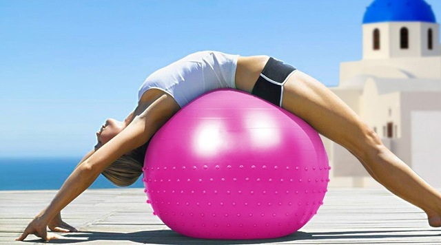 Beginner Ball Exercises to Improve Core Strength