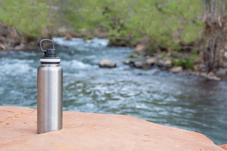 2l water bottle