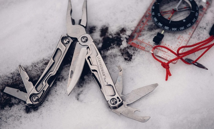 leatherman-rev