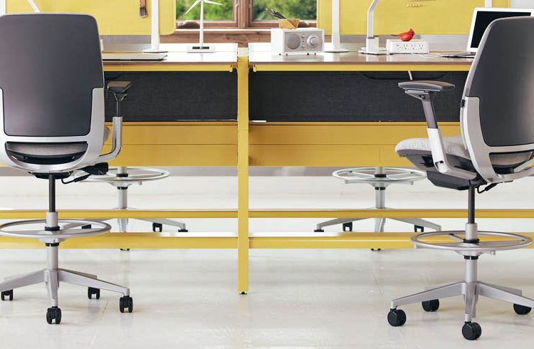 Drafting Stool – Our Tips for Choosing the Best One for Your Needs