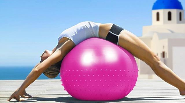 Beginner Ball Exercises to Improve Core Strength