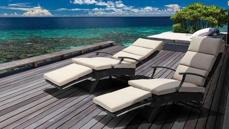 folding sun beds
