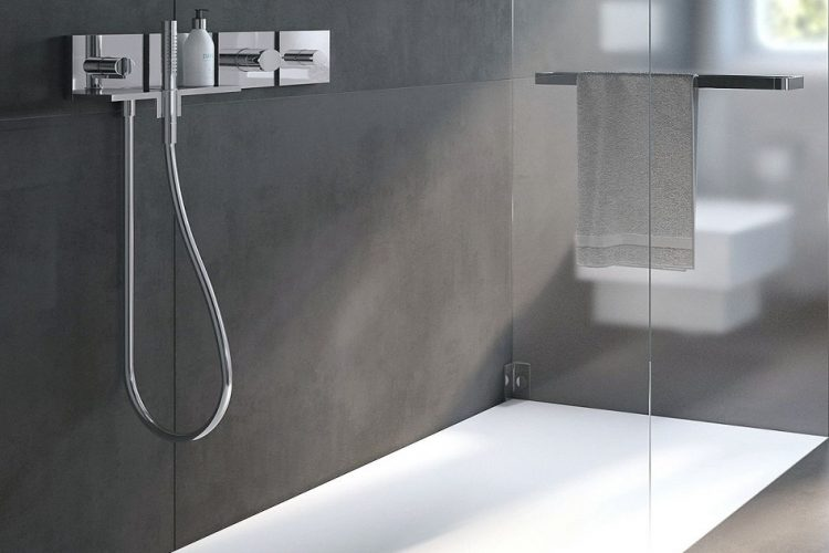 Upgrading to a Frameless Shower Door: Some Important Considerations