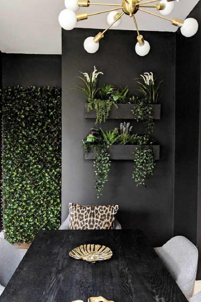 Black Hanging Wall Planter Pots