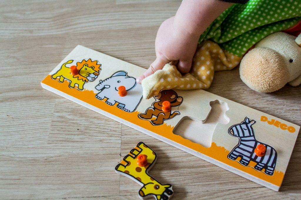 Djeco toys puzzle baby