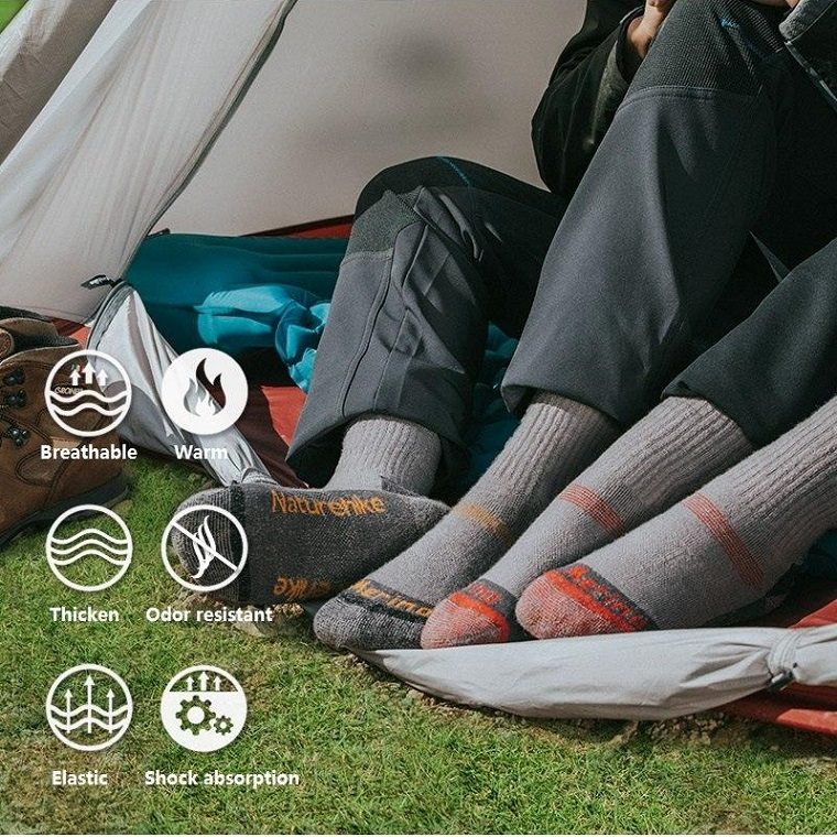 Breathable and Odour-Resistant wool