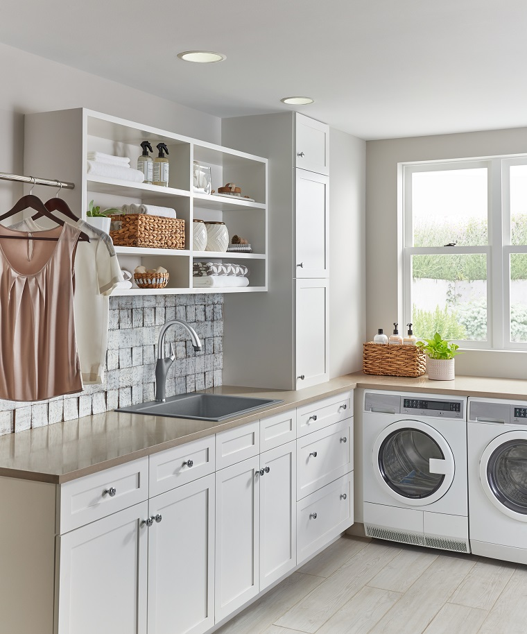 picture of well based modern laundry room with equipment