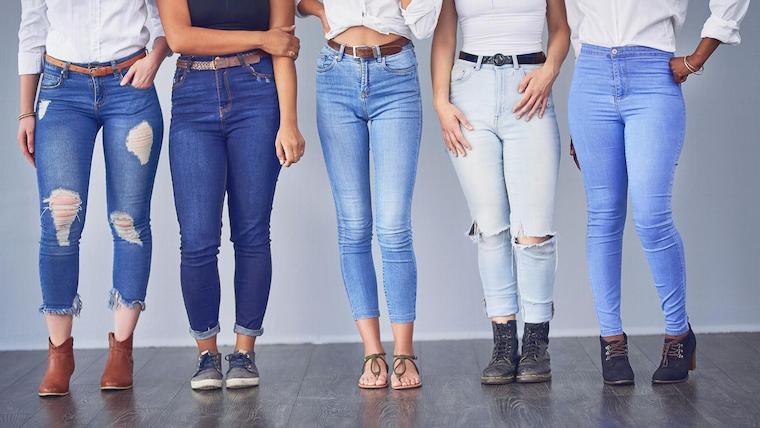 DIfferent styles od women's jeans