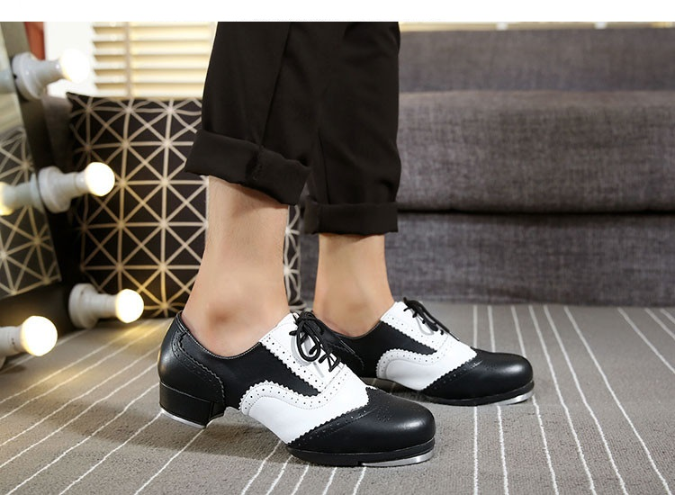 picture of a person wearing jazz shoes for dancing