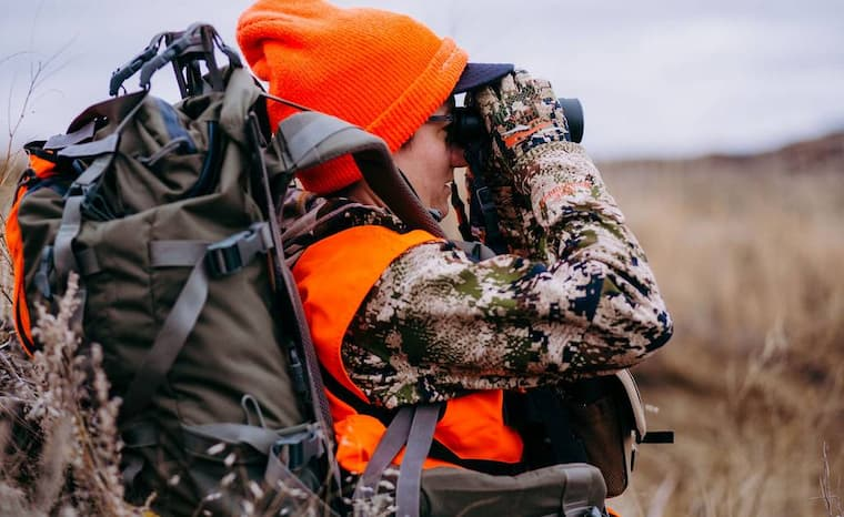 Selecting a proper hunting backpack can be overwhelming, especially if you are a beginner. To help you narrow down your options, here are some of the most important factors to consider when choosing a backpack for your hunting trips.