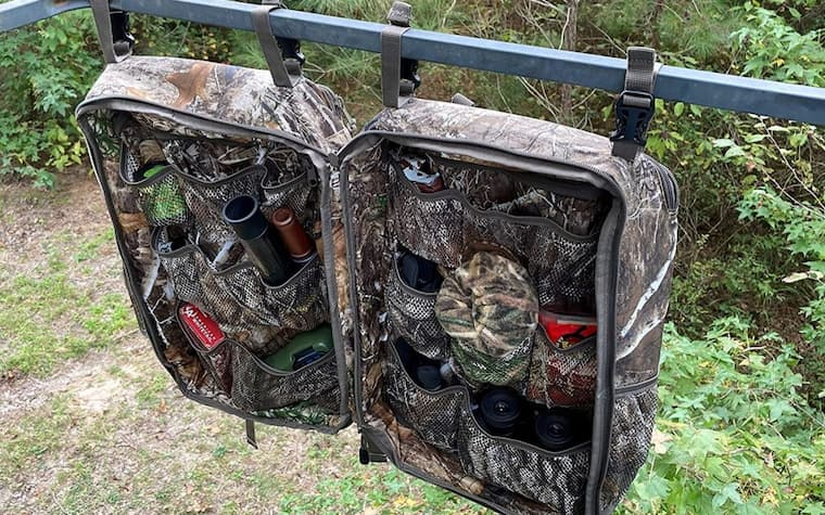 Keeping your hunting items is one of the most important things when you go on any type of hunt. A well-organized backpack can make it easy to find certain items when you need them. You can choose from a wide range of hunting backpacks and select one with multiple compartments and storage areas, so you can use them to put all the items you need in different sections. Your hunting gear will be grouped together, so you will know where exactly every item is when you need it.