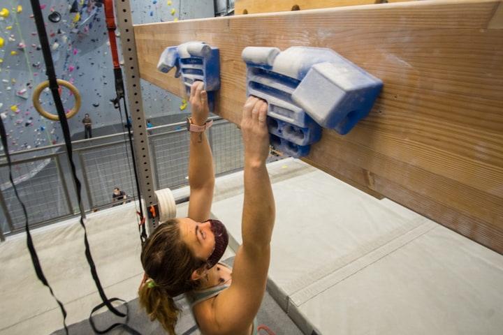 hangboard-climbing